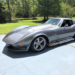 Las's 1974 Corvette with a TREMEC Magnum 6-Speed